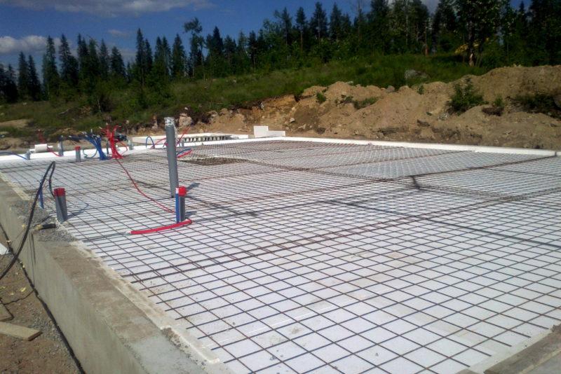 lattiavalu-betonointi-raudoitus-sokkeli