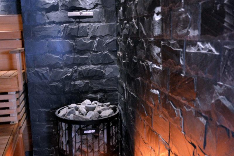 sauna-kiviseinä-seinälaatta-laatoitustyöt
