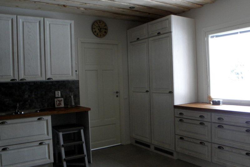 uusi-keittiö-kalusteasennus-avaimetkäteen
